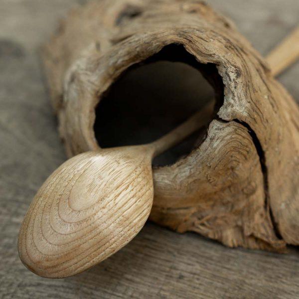 Cuillère artisanale en bois fait main Cobra WildSpoons