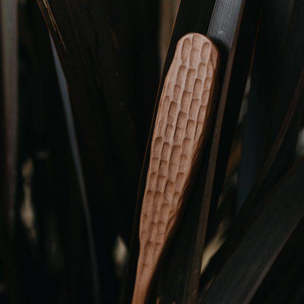 Cuillère sculptée à la main