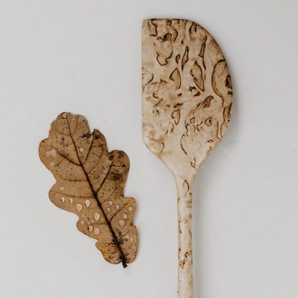 Cuillère artisanales en bois sculptée à la main dans les Pyrénées