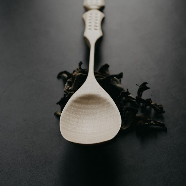 Cuillère artisanale en bois sculptée en France